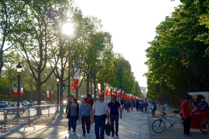 strolling-down-the-avenue-des-champs-elysees