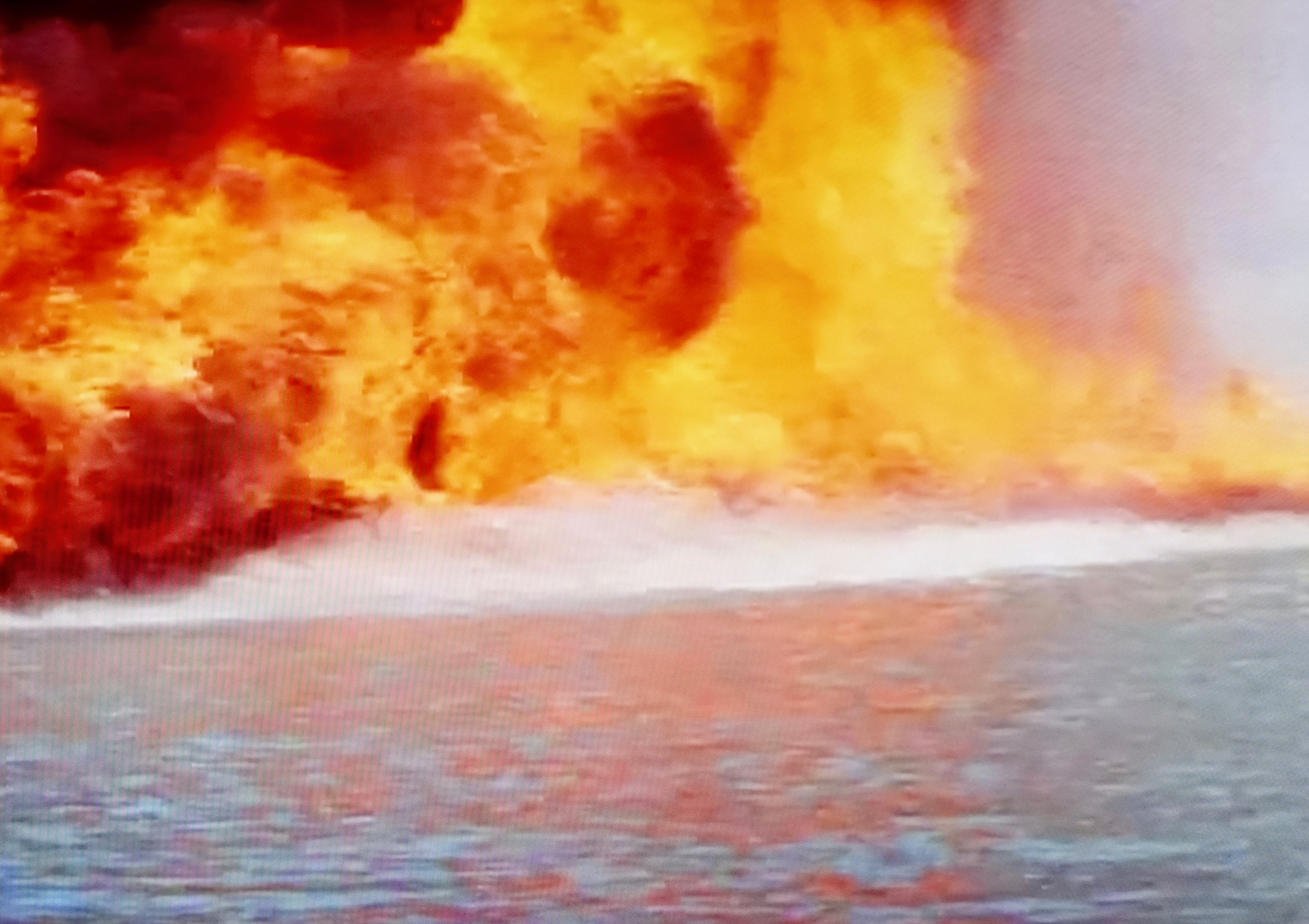 explosions-abound-in-condorman