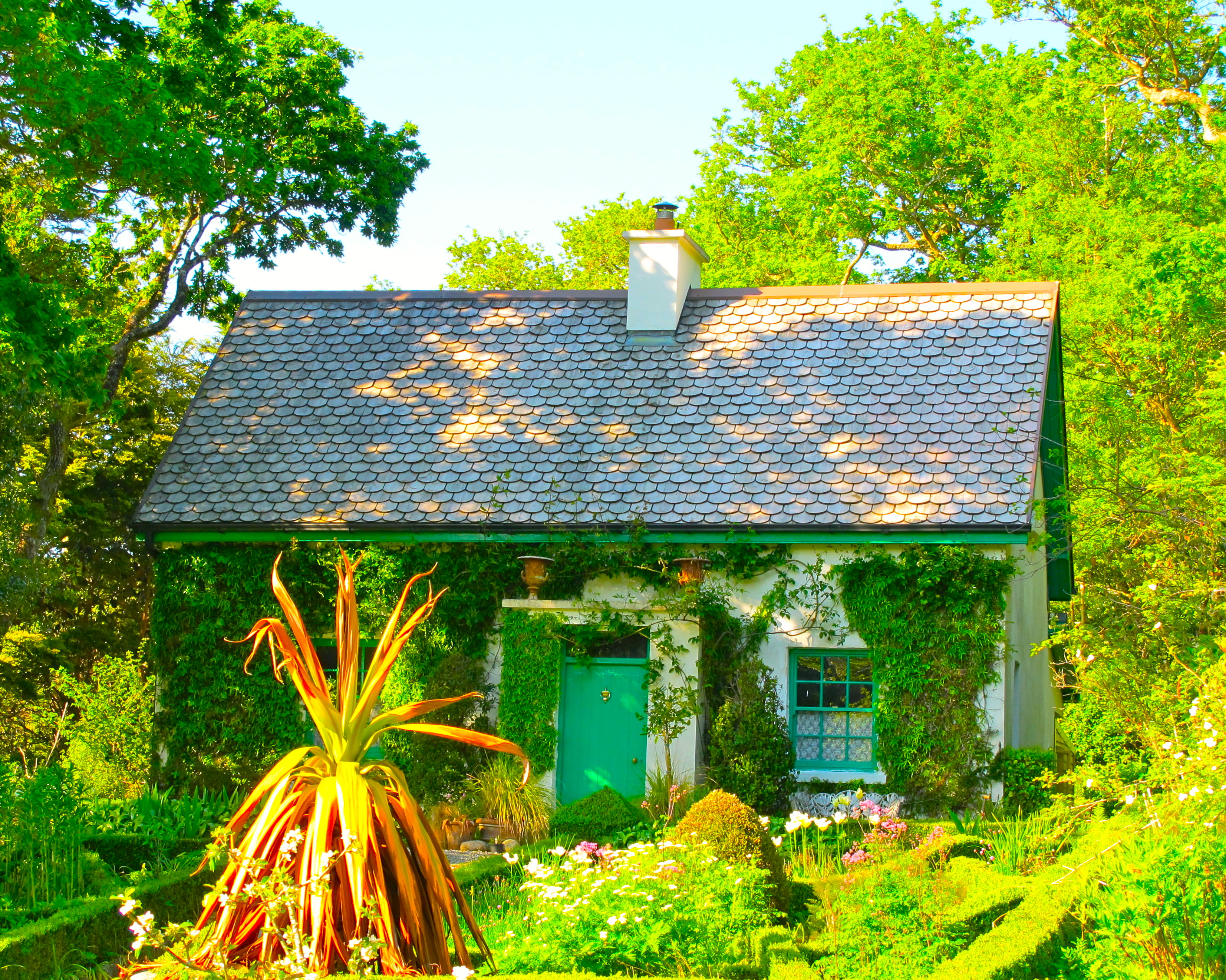 garden-in-bunratty-folk-park-ireland