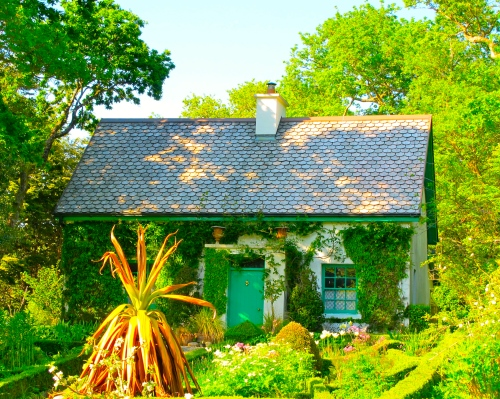 garden-in-bunratty-folk-park-ireland