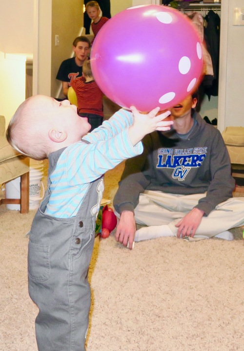 boy-with-a-balloon