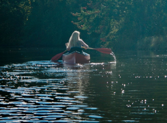 canoeing-on-rogue-river