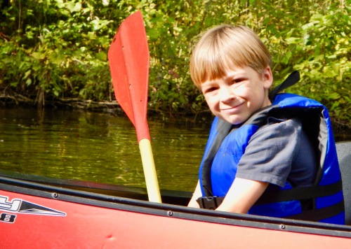 happy-young-canoeist