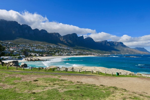 shoreline-of-atlantic-south-of-cape-town