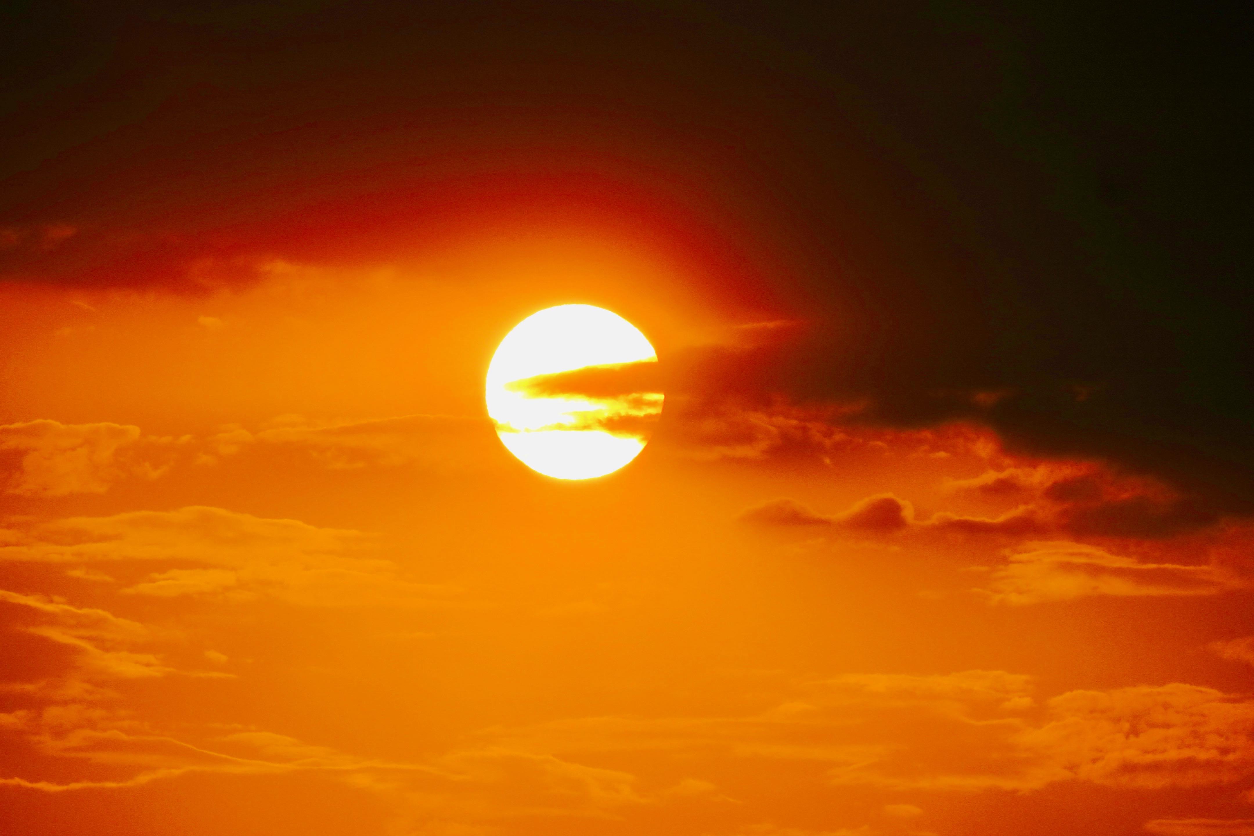 sun-at-victoria-falls-11-08-16