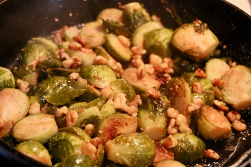 brussel-sprouts-with-walnuts