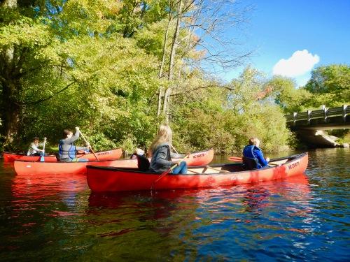 canoe-trip-down-rogue-river