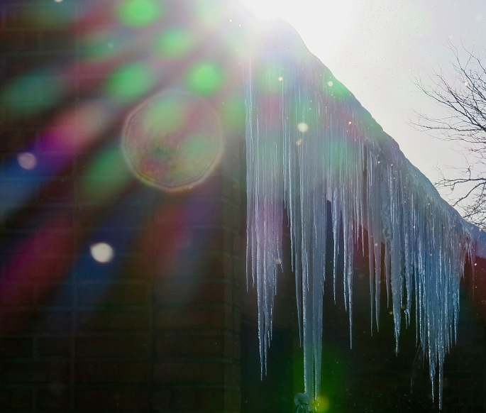 icicles-snow-and-sunshine