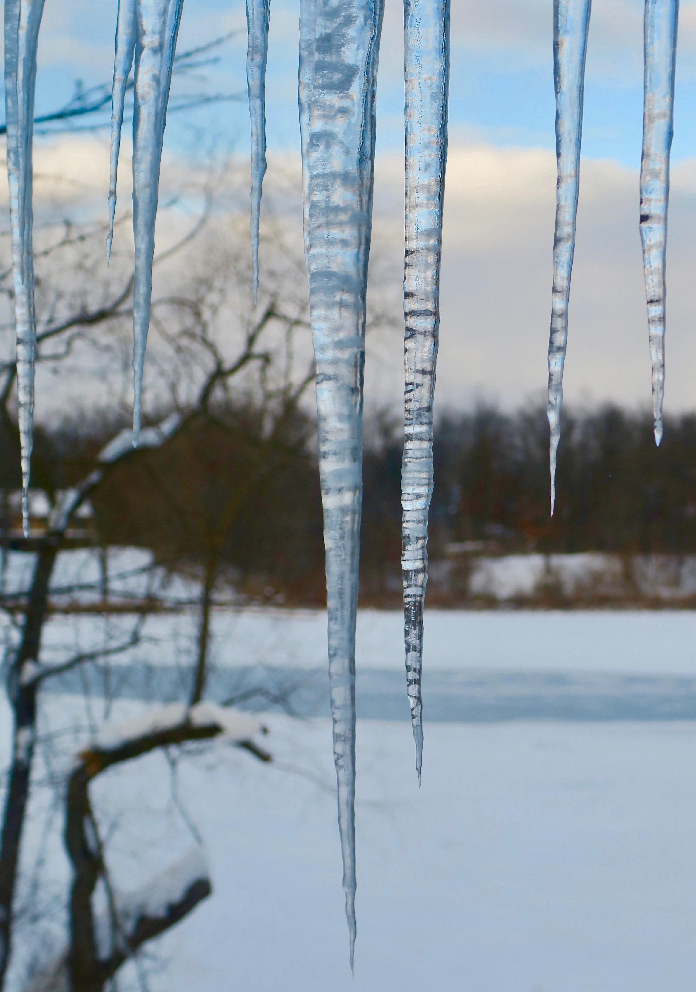 long-icicles-12-15-16