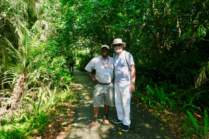 alan-and-duncan-on-trail-in-zambezi-national-park-zimbabwe