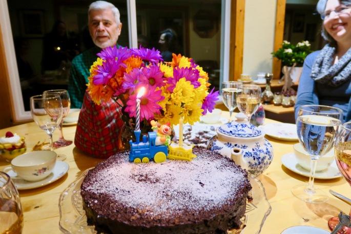 birthday-cake-flourless-chocolate-torte