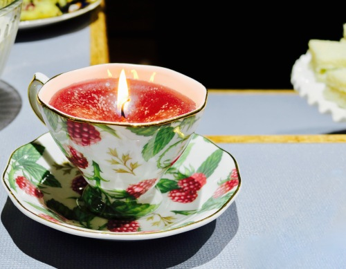 candle-in-a-tea-cup