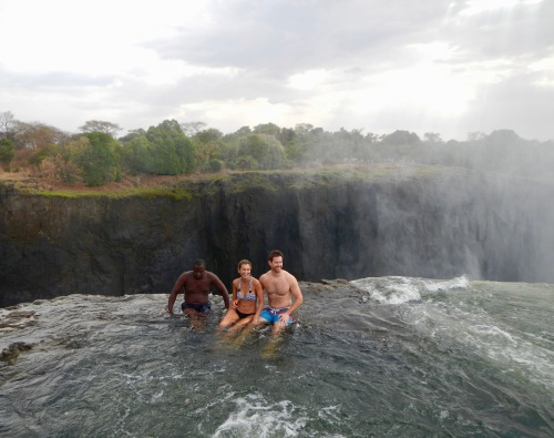 photo-shoot-in-devils-pool-victoria-falls
