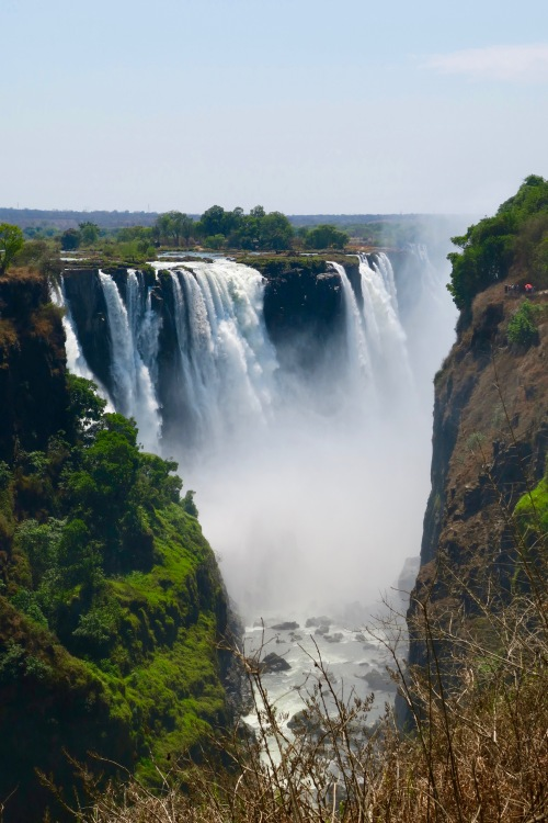 victoria-falls-as-seen-from-zambezi-national-park-zimbabwe-6