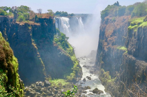 victoria-falls-as-seen-from-zambezi-national-park-zimbabwe-7