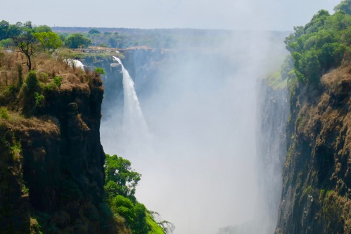 victoria-falls-as-seen-from-zambezi-national-park-zimbabwe-8