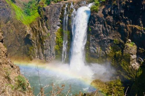 victoria-falls-rainbow