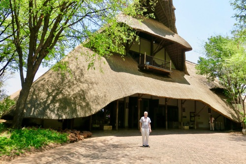 victoria-falls-safari-lodge