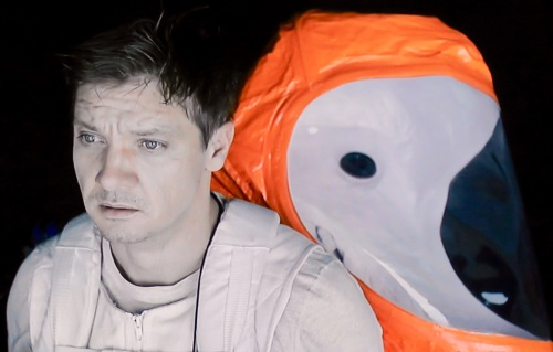 arrival-jeremy-renner-as-ian-donnelly