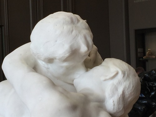 auguste-rodin-the-kiss-musee-rodin-paris