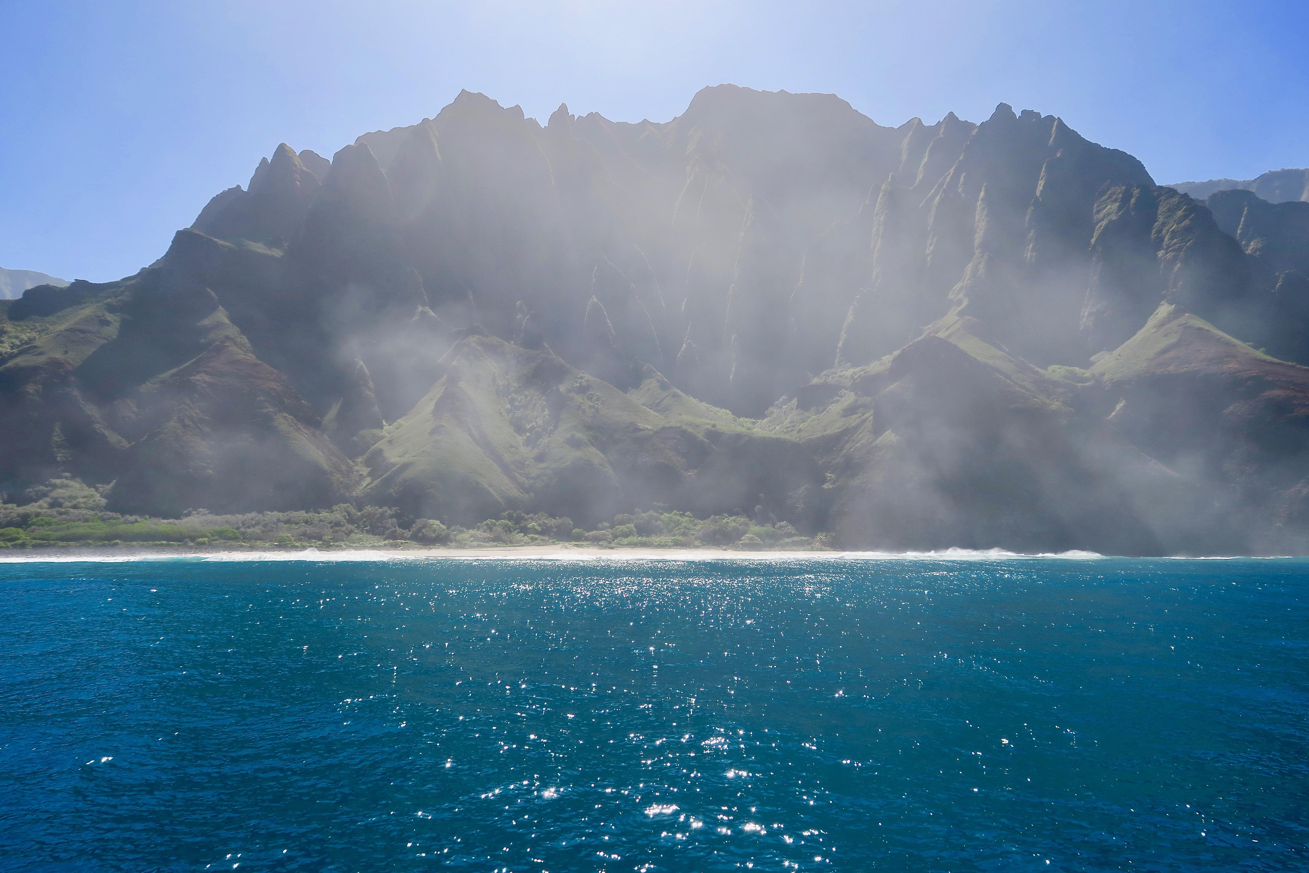 beach-along-na-pali-coast-kauai
