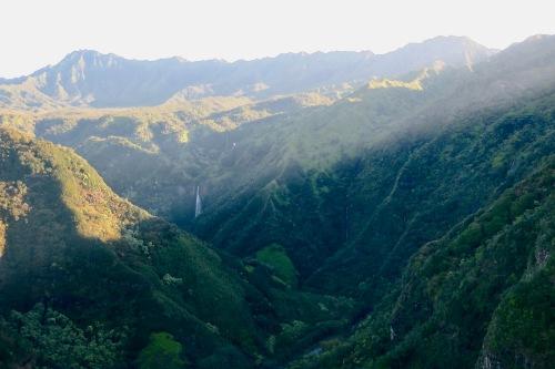 manawaiopuna-falls-jurassic-park-waterfall-kauai
