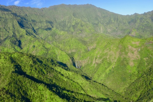 mt-waialeale-waterfalls-kauai-aerial-view