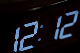 pic-dig-clock-12-12