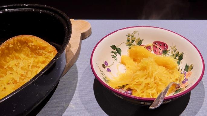 preparing-spaghetti-squash-after-baking