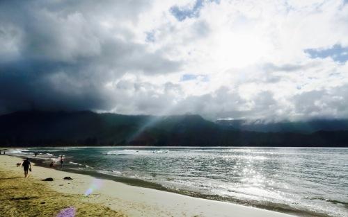 romantic-hanalei-bay-kauai-hawaii