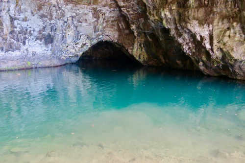 sea-cave-near-hanalei-kauai-hawaii