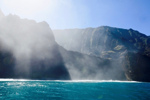 set-for-famous-movies-along-napali-coast-hawaii