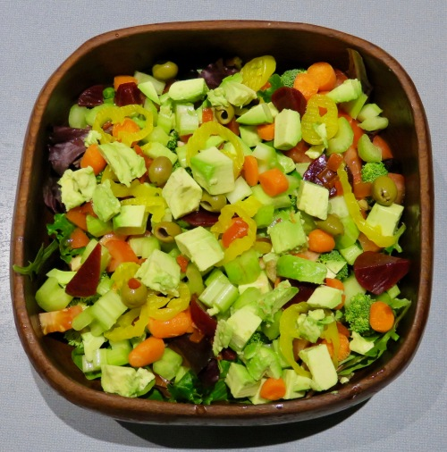 tossed-salad-with-avocado