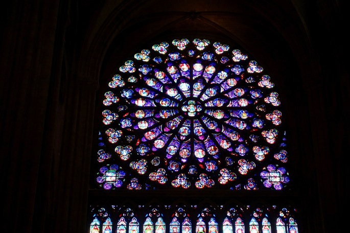 rose-windown-in-notre-dame-de-paris-france