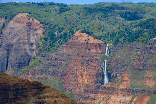 waimea-canyon-helicopter